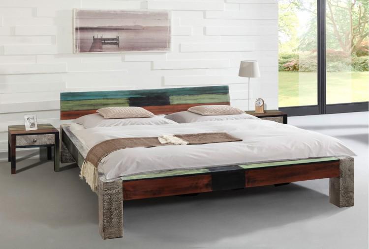 sam vintage bett holzbett metall 140 x 200 cm bunt goa auf lager. Black Bedroom Furniture Sets. Home Design Ideas