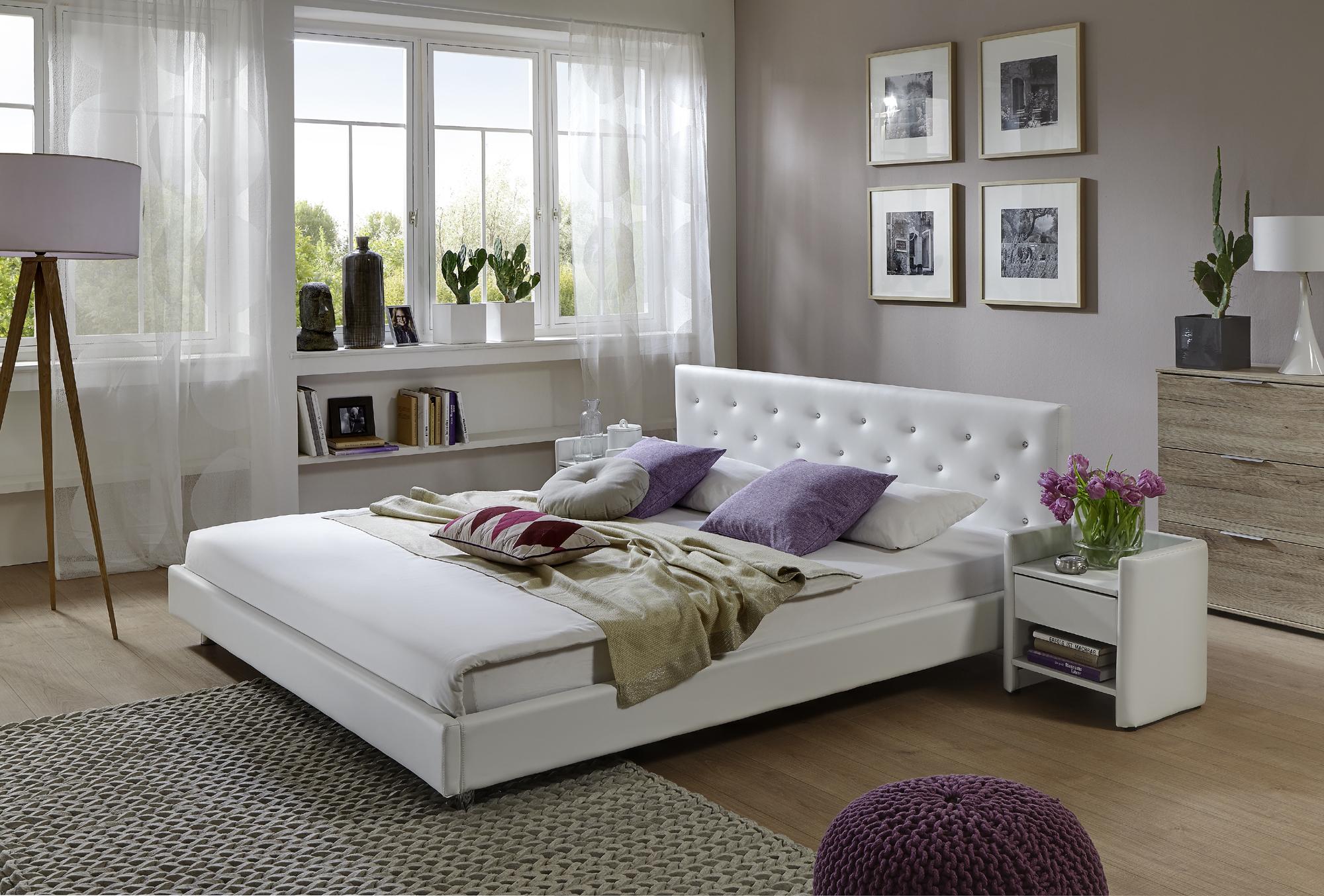 sam polsterbett 180 x 200 cm wei adonia auf lager. Black Bedroom Furniture Sets. Home Design Ideas