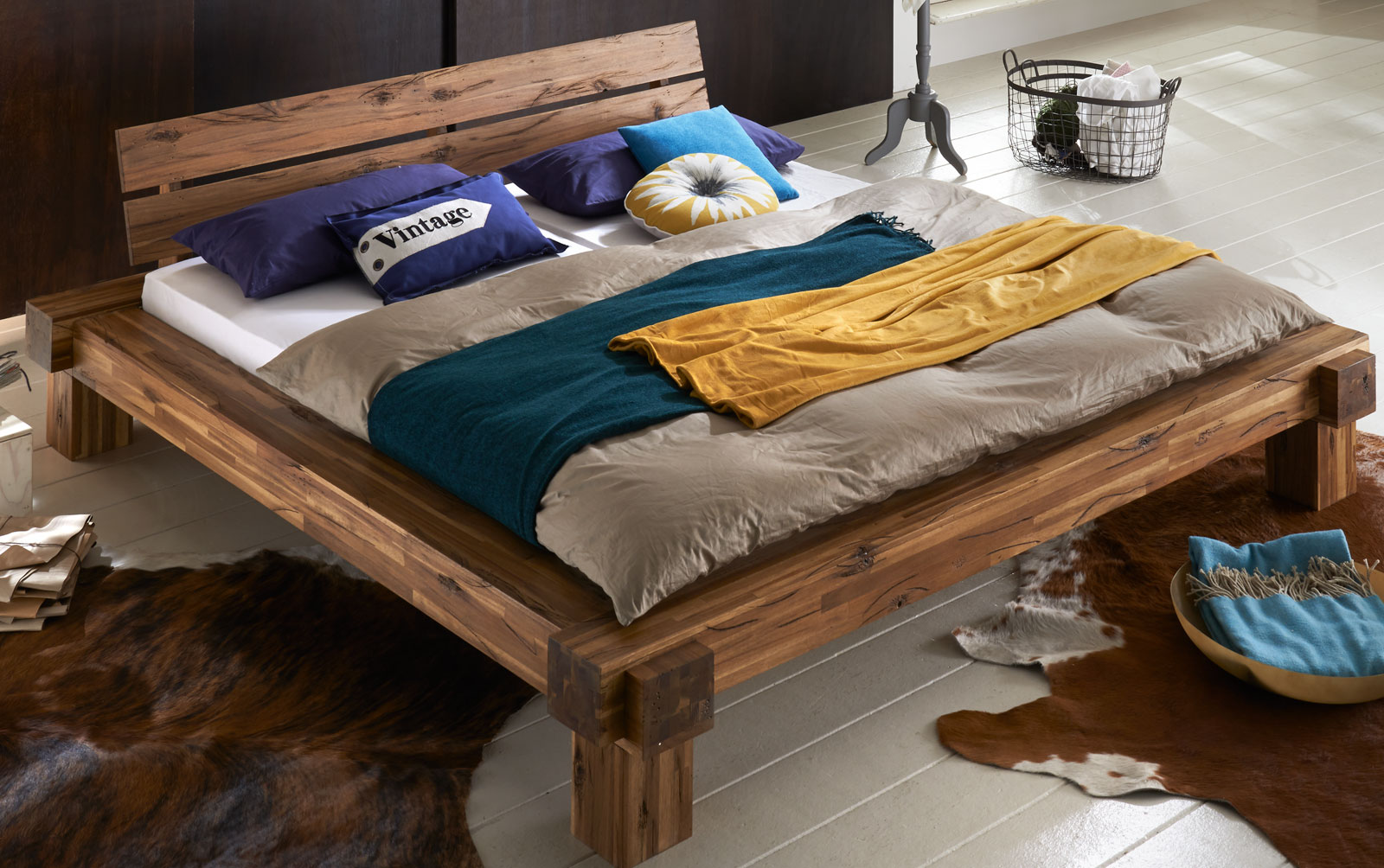 sam balkenbett elke massivholz 180x200 cm demn chst. Black Bedroom Furniture Sets. Home Design Ideas