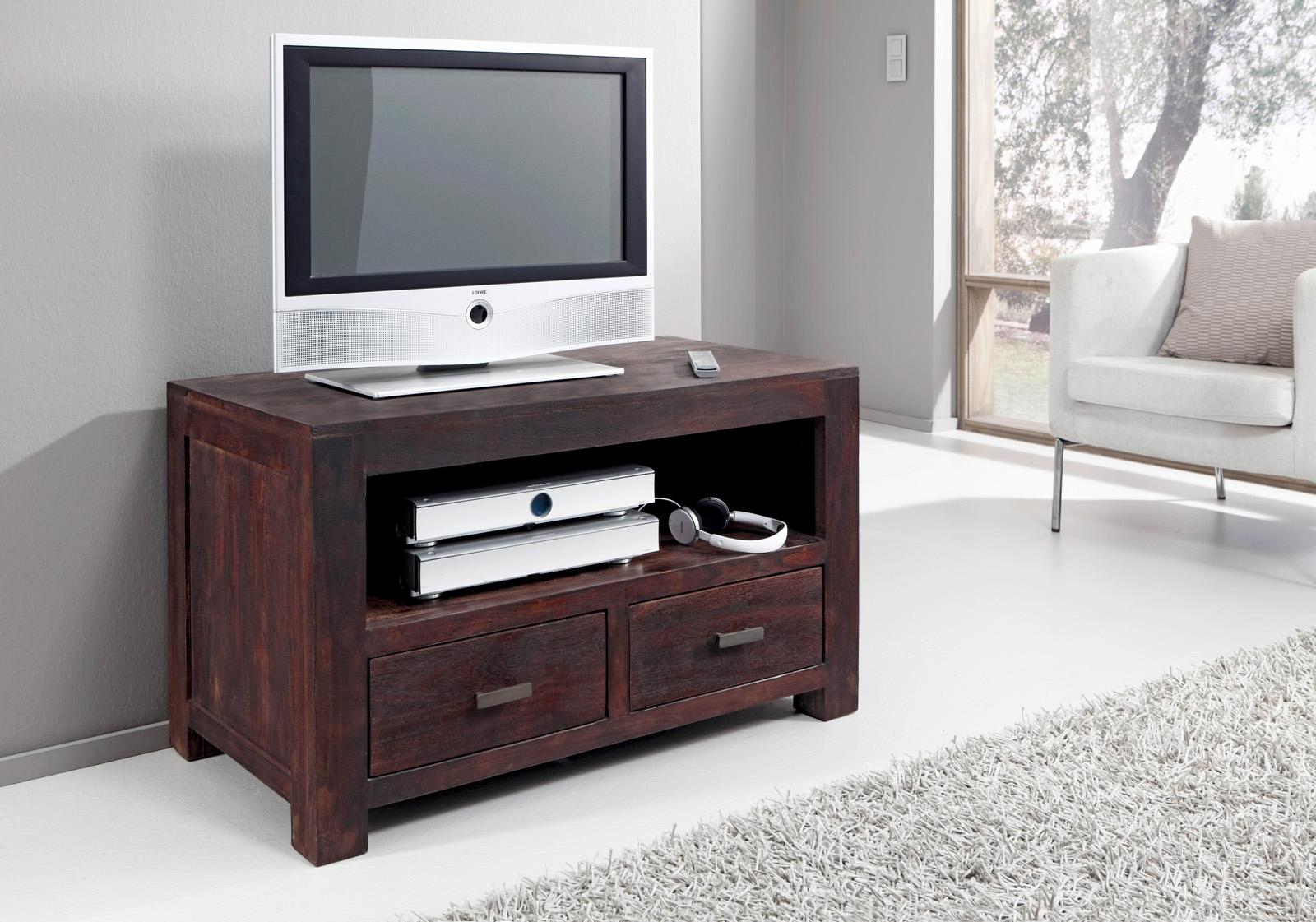 perfect sam tv lowboard tv board cm massiv akazie tabak timber auf lager with tv lowboard massiv stunning stilvolle tv lowboard holz