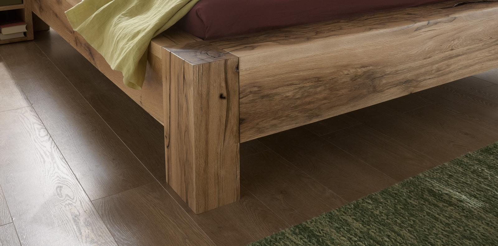 sam balkenbett massiv alma eiche 200x200 cm geteilt farbauswahl. Black Bedroom Furniture Sets. Home Design Ideas