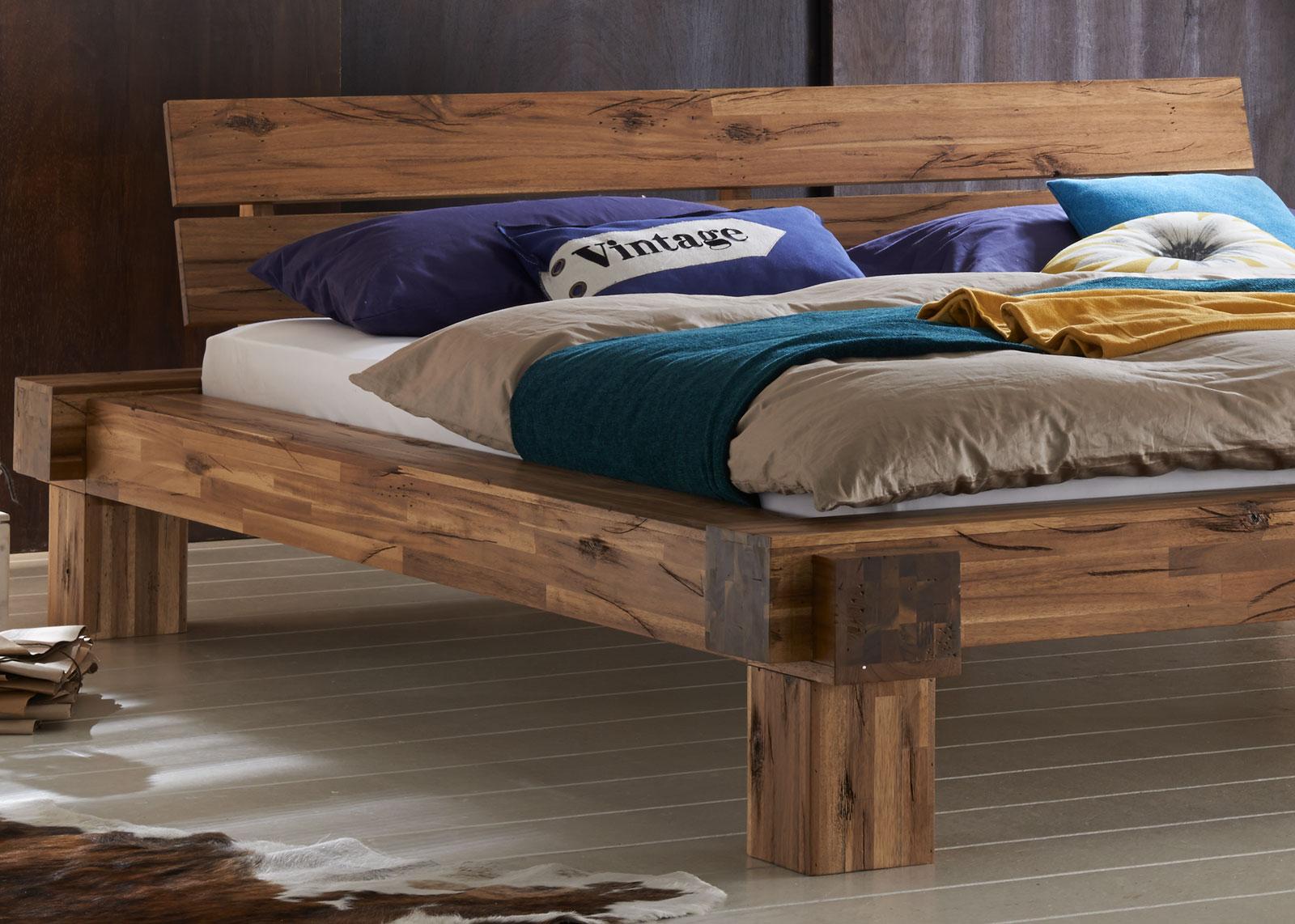 sam massivholzbett balkenbett 200 x 200 cm aus akazie. Black Bedroom Furniture Sets. Home Design Ideas