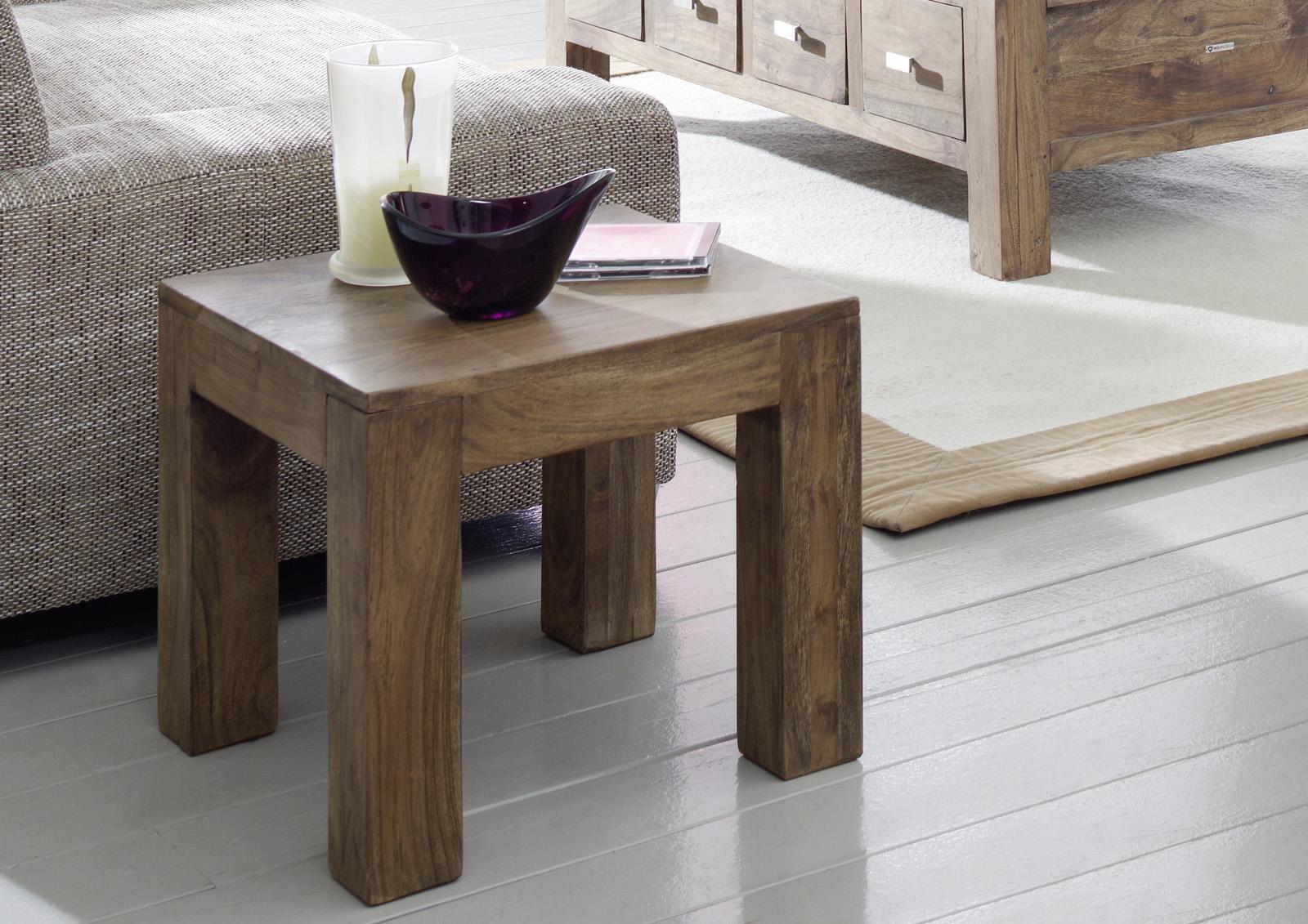 sale couchtisch akazie massiv stone 45 x 40 x 45 cm saber 6613. Black Bedroom Furniture Sets. Home Design Ideas