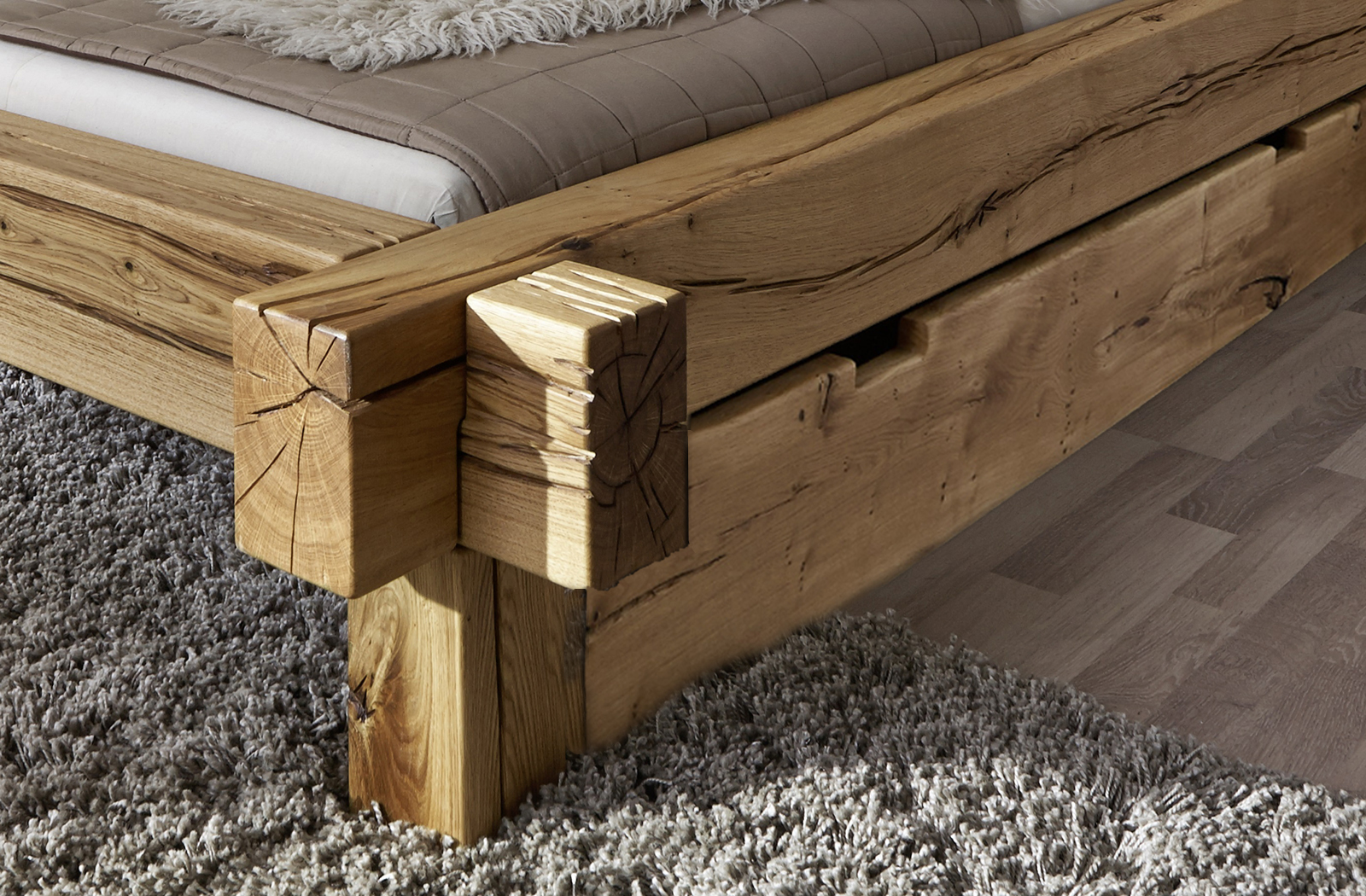 sam balkenbett 140x200 massivholzbett mit bettkasten. Black Bedroom Furniture Sets. Home Design Ideas