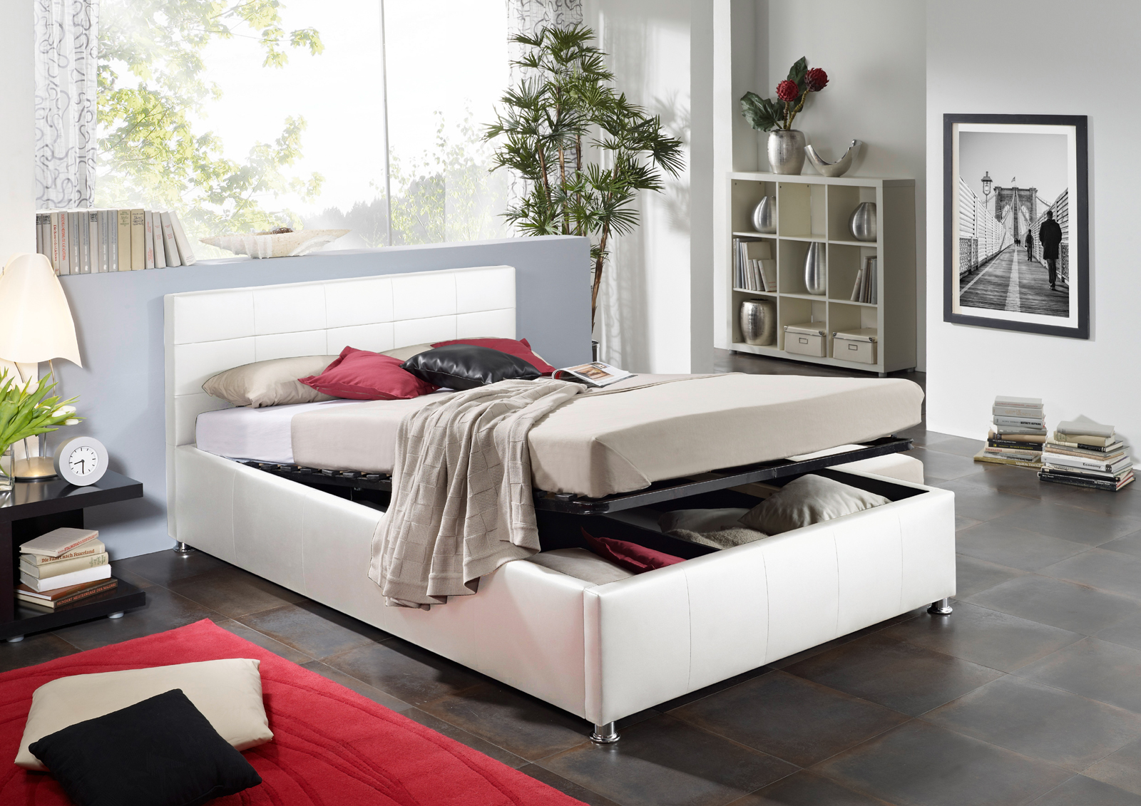 sam design bett 140 x 200 cm wei kira bettkasten auf lager. Black Bedroom Furniture Sets. Home Design Ideas