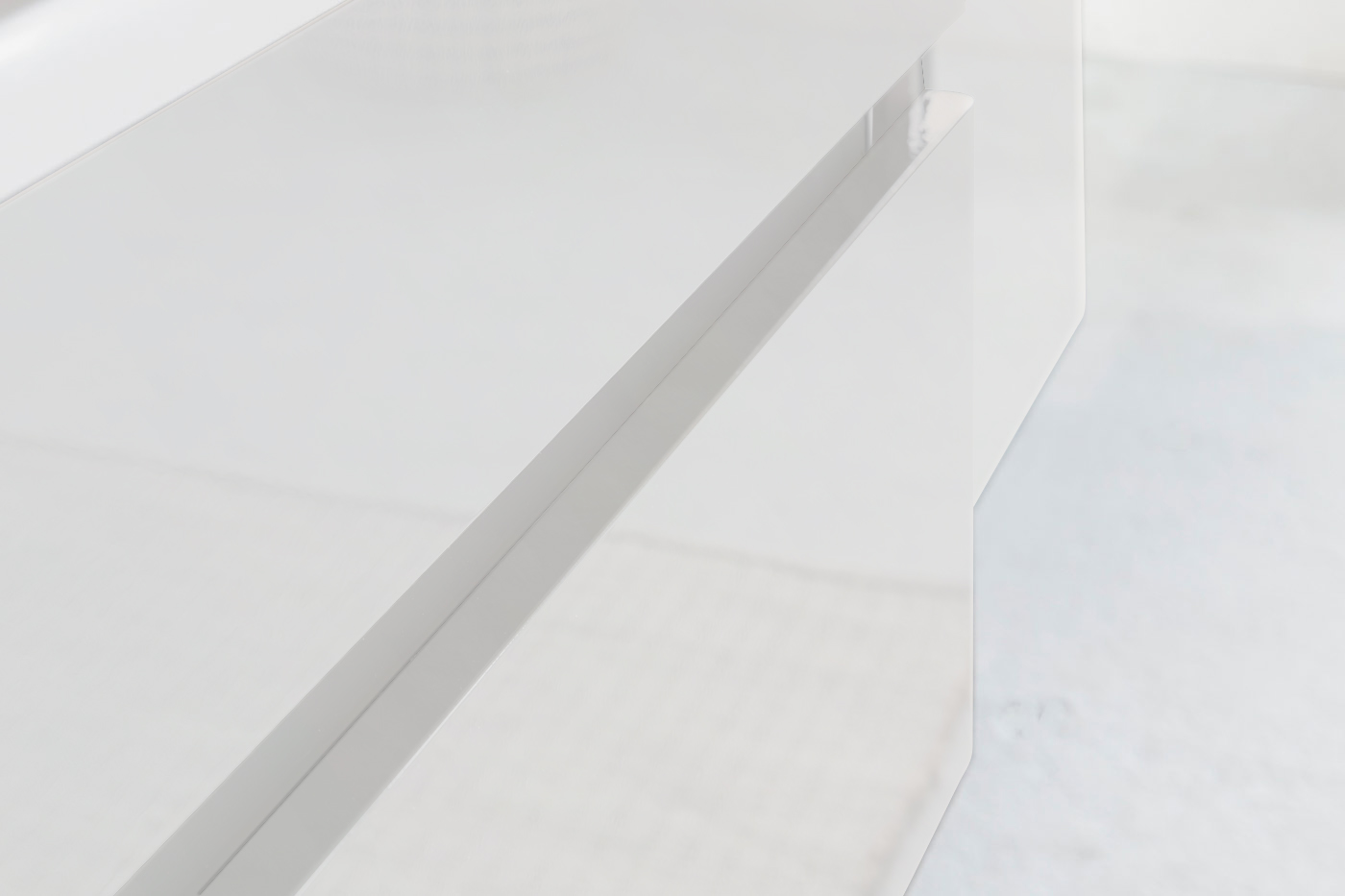 sam badm bel parma 2tlg wei hochglanz 80 cm. Black Bedroom Furniture Sets. Home Design Ideas
