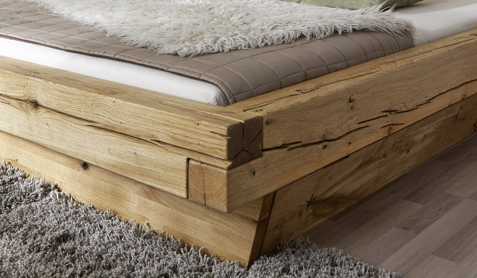 sam balkenbett jakob mit schubk sten holzbett 200x200 cm. Black Bedroom Furniture Sets. Home Design Ideas