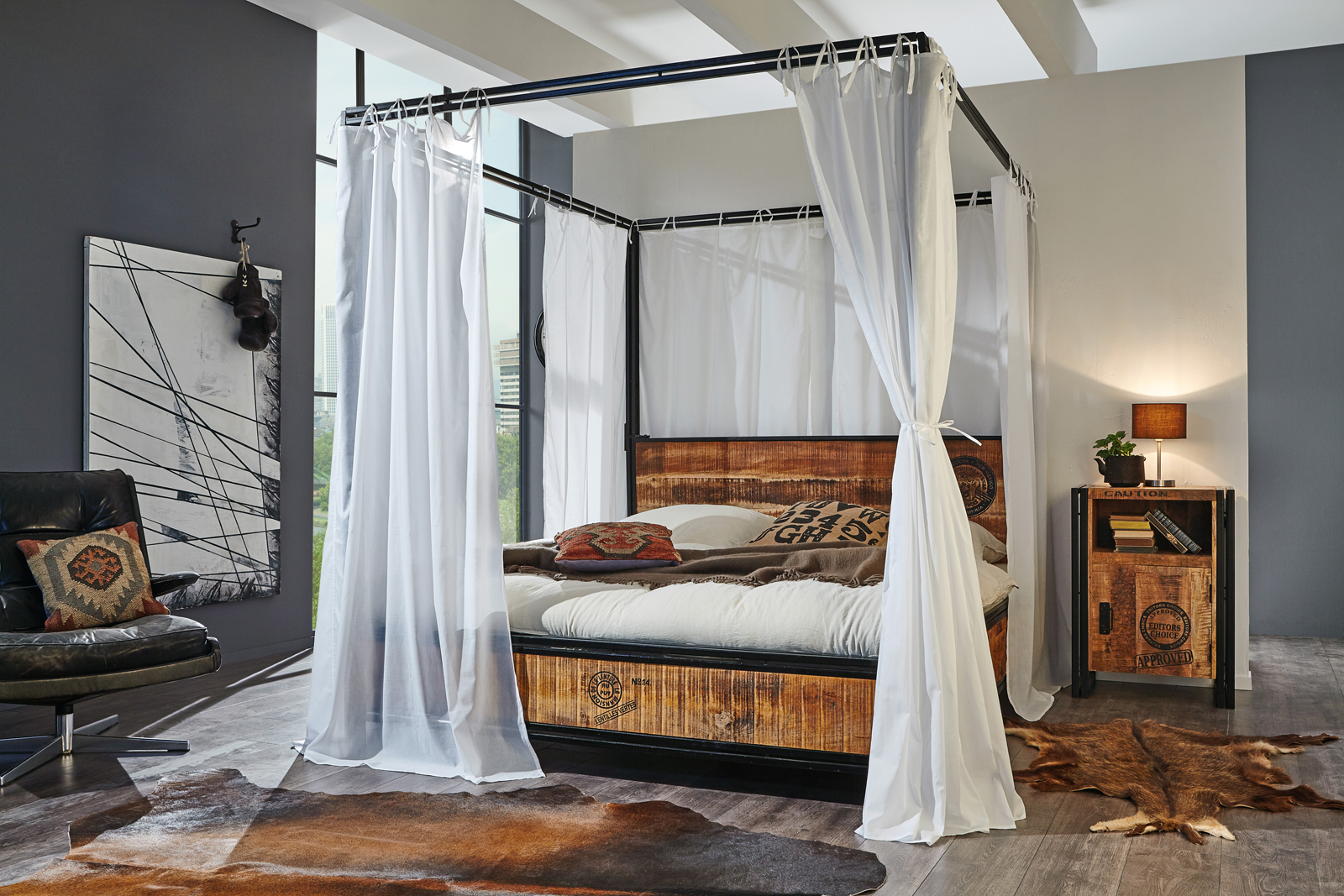 sam himmelbett iron 180 x 200 cm mangoholz demn chst. Black Bedroom Furniture Sets. Home Design Ideas