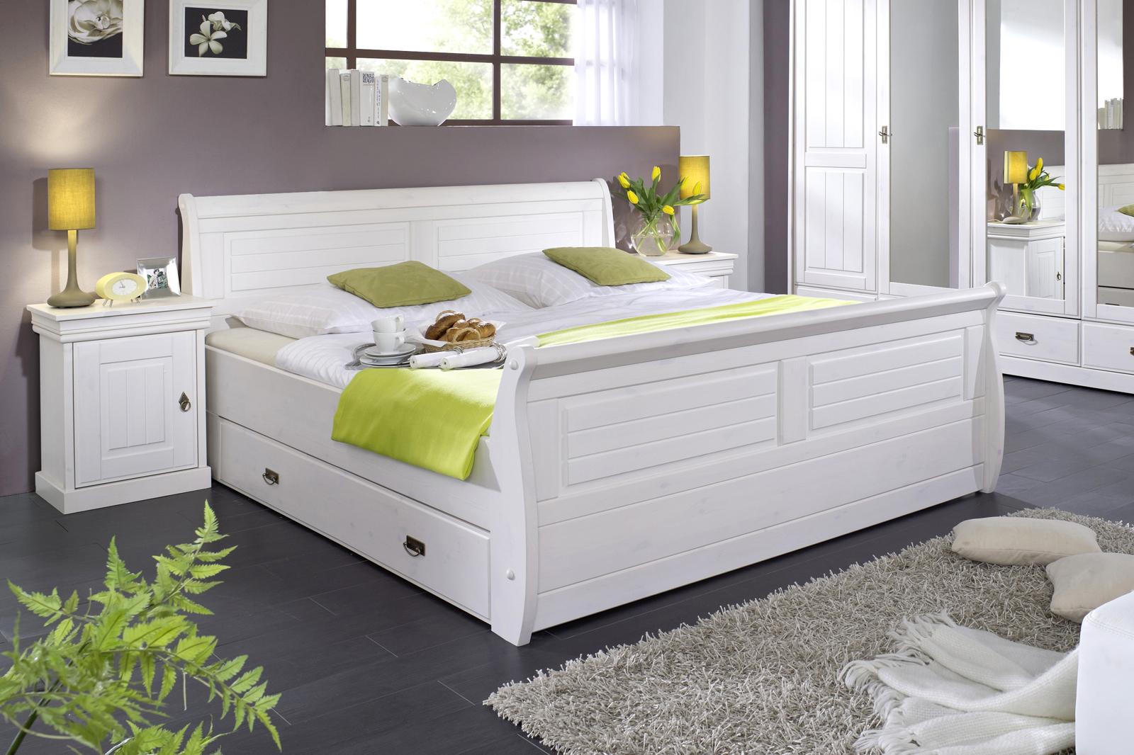 sam kiefernbett mit bettkasten wei 180 x 200 cm rom. Black Bedroom Furniture Sets. Home Design Ideas