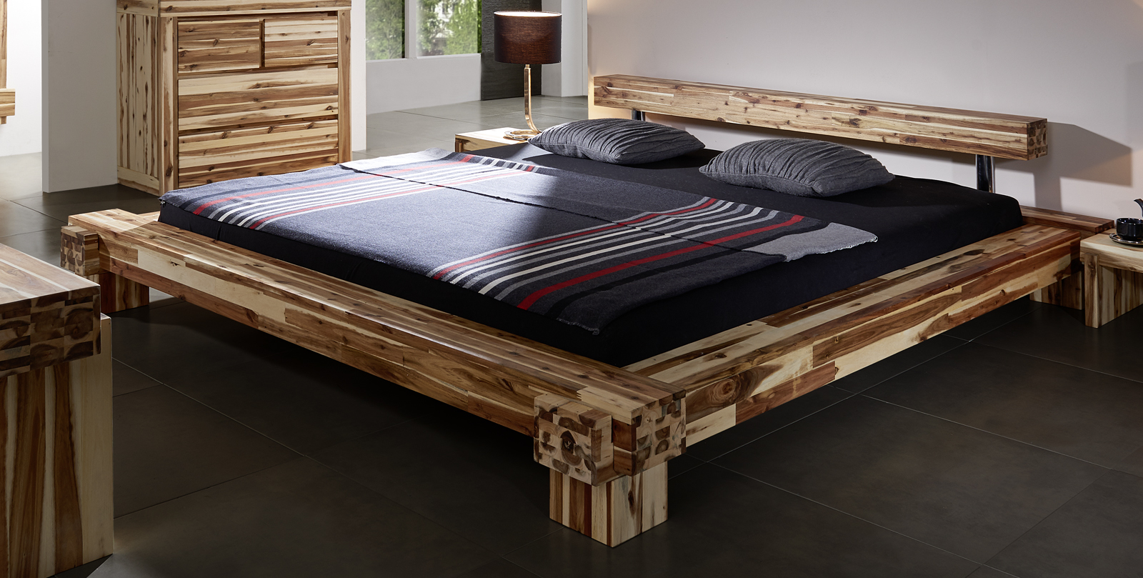 sam massives holzbett akazie 140 x 200 cm casanova. Black Bedroom Furniture Sets. Home Design Ideas