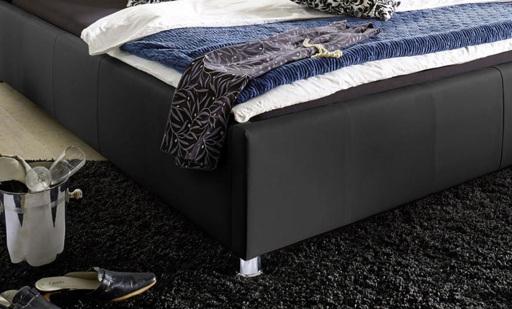 sam bett polsterbett jugendbett schwarz 100 x 200 cm kira. Black Bedroom Furniture Sets. Home Design Ideas