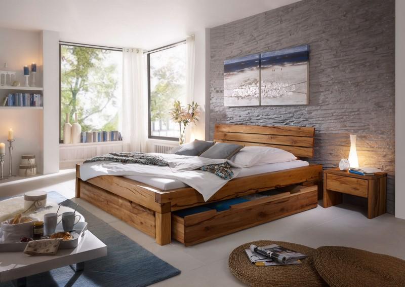 sam balkenbett wildeiche benjamin massiv mit bettkasten 140 x 200 cm. Black Bedroom Furniture Sets. Home Design Ideas