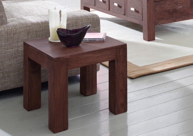 sam couchtisch timber 6613 akazie massiv tabak 45 x 40 x 45 cm. Black Bedroom Furniture Sets. Home Design Ideas