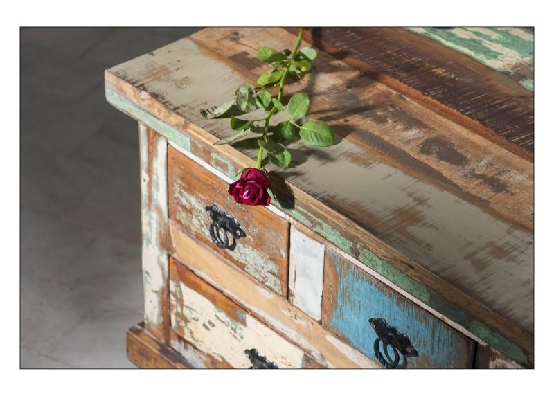 SAM® Truhe Couchtisch Altholz bunt lackiert 90x90cm