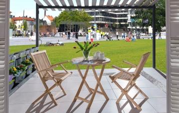 sam balkonset teakholz 3tlg tisch 80 x 80 cm armlehnstuhl rondo demn chst. Black Bedroom Furniture Sets. Home Design Ideas