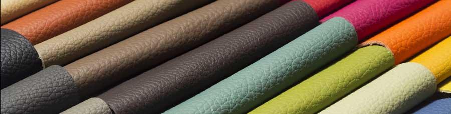 Leder und Kunstleder ist pflegeleicht und in vielen Farben erhältlich
