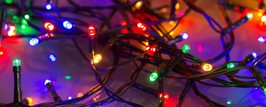 Mit Zeitschaltuhren kombiniert sparen LED-Lichterketten zusätzlich Strom