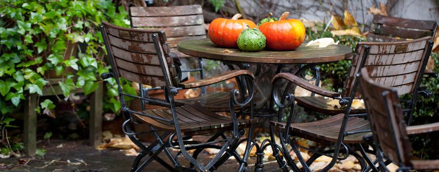 Gartenmöbel-Abdeckung - so schützen Sie Ihre wertvollen Gartenmöbel ...