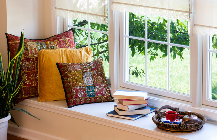 Verwaiste Wohnflache Das Fensterbrett Zum Dekorieren Und Wohnen Nutzen