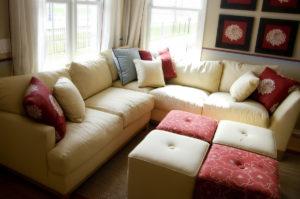 Verschiedene Sofaformen im Vergleich