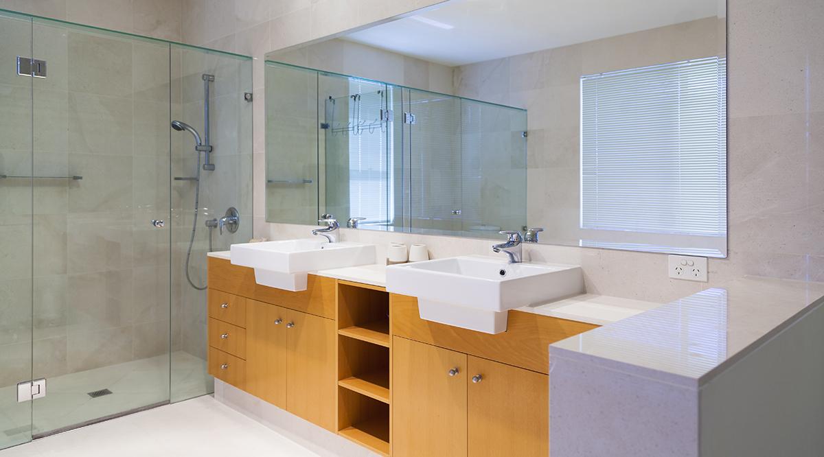 Doppelwaschtische helfen bei morgendlichem Stau im Badezimmer